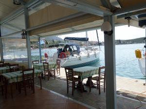 tavernakorfos yacht 08