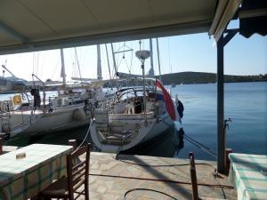 tavernakorfos yacht 20