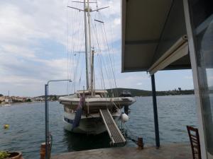 tavernakorfos yacht 24
