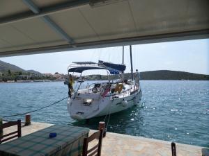 tavernakorfos yacht 33