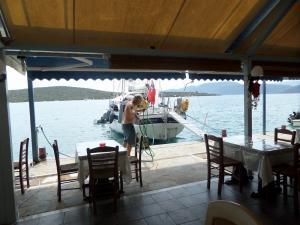 tavernakorfos yacht 37